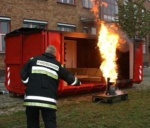 Demonstration der Berliner Feuerwehr. Foto. Darmstädter/ DFV