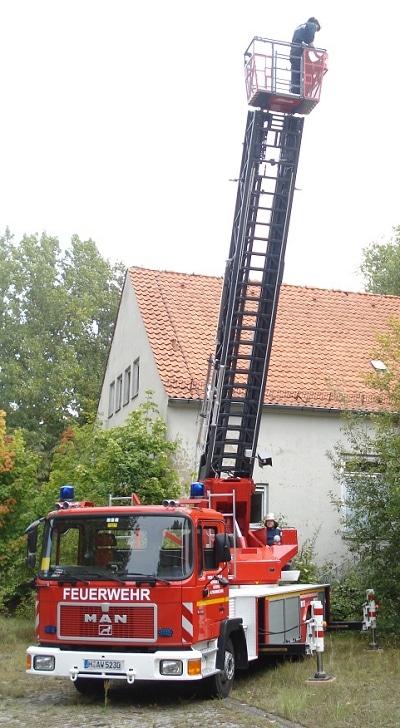 Komplett überholte DLK 23-12 der FF Altwarmbüchen. Foto: Philipp Suppan/Feuerwehr