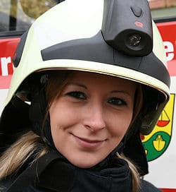 """Das """"Firegirl 2009"""" Sybille Krüger. Foto: FF Saalekreis"""