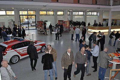 Fachausstellung beim Münchner Feuerwehr-Symposium. Foto: BF München