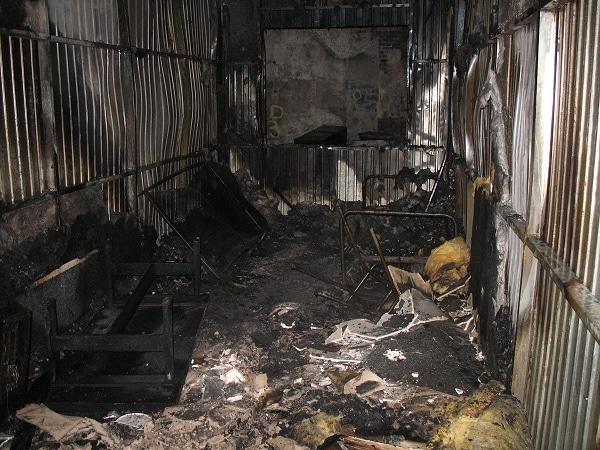 Asylbewerberheim abgebrannt. Foto: Feuerwehr Olpe