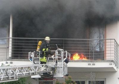 Balkonbrand in Bonn. Foto: Feuerwehr Bonn