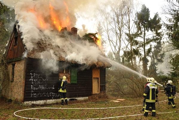 Ferienhaus ausgebrannt. Foto: Christian Nimtz