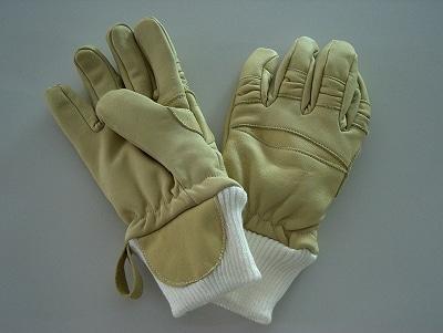 Feuerwehr-Handschuhe. Foto: Vorndamme
