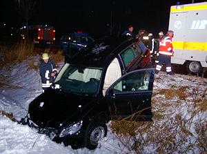 Der verunglückte VW Tiguan. Foto: Thomas Weege/Feuerwehr