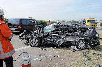 Archivbild: Tödlicher Verkehrsunfall auf der Autobahn 81 bei Ludwigsburg. Foto: Oskar Eyb