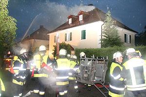 Dachstuhlbrand nach Blitzeinschlag in Starnberg. Foto: Jürgen Römmler