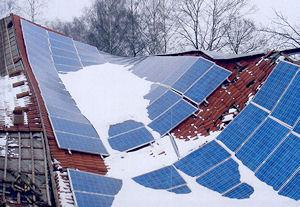 Eine Photovoltaikanlage ist zusammengebrochen. Foto: GDV
