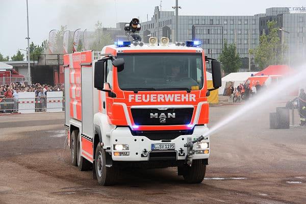 Von Schmitz auf der Interschutz präsentiert: Großtanklöschfahrzeug der Feuerwehr Leipzig. Foto: Klöpper