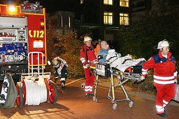 Feuer im St. Elisabeth-Krankenhaus in Dortmund: Sechs Menschen erlitten Verletzungen. Foto: Daniel Magalski