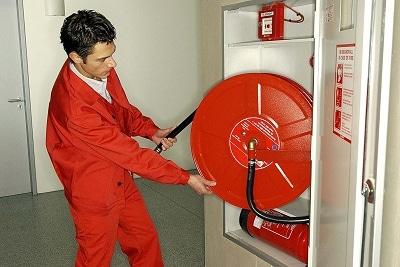 Arbeitsschutzgesetz schreibt Unterweisungen und praktische Übungen auch für ortsfeste Feuerlöscheinrichtungen vor. Foto: Fritz Manke GmbH