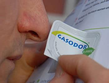 Geruchsprobe: Mit Duftproben versuchen manche Stadtwerke über den neuen Gasgeruch aufzuklären. Foto: Rüffer