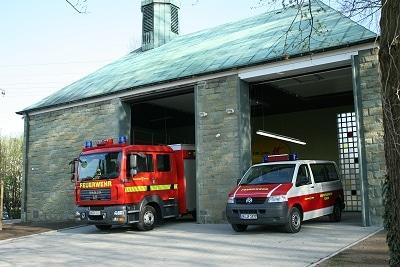 Das aus einer Kapelle umgebaute Feuerwehrhaus der FF Lenningsen. Das Feuerwehr-Magazin berichtete darüber in Ausgabe 2/2011. Foto: Jörg Prochnow