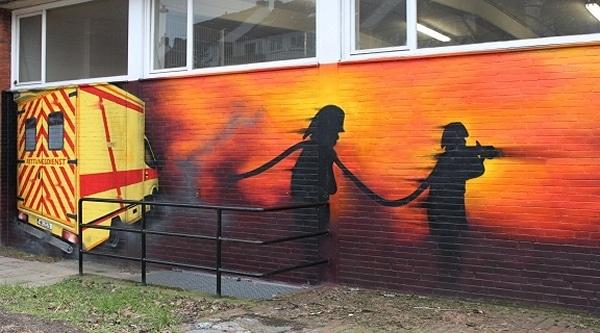Graffiti an der Hauptfeuerwache in Bremen. Foto: Feuerwehr Bremen