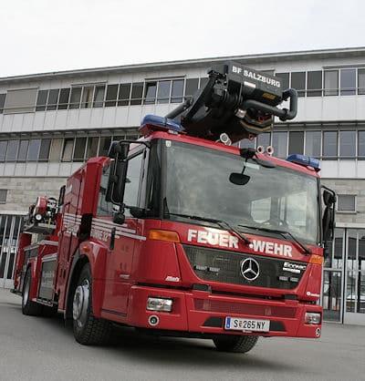 Die Hubrettungsbühne ist das erste ausgelieferte Fahrzeug dieser Baurt mit anthrazitfarbenem Teleskoparm. Foto: Metz Aerials