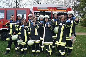 Freuen sich über die Ehrenamts-Card: Mitglieder der Feuerwehr Rembrücken. Foto: Feuerwehr