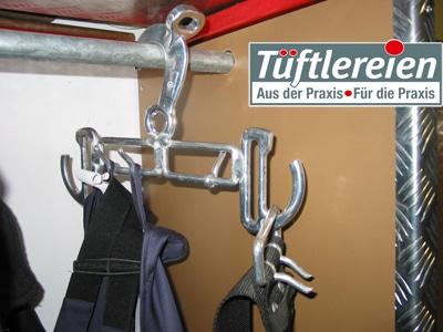 Großer Vorteil der Bügel aus ausrangierten Feuerwehr-Sicherheitsgurt-Teilen: Sie sind äußerst stabil. Foto: Röhling