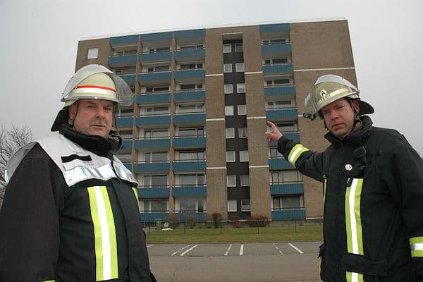 Für Gebäude wie dieses benötigt die Feuerwehr Büsum eine eigene Drehleiter. Foto: Albrecht/Feuerwehr
