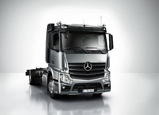 Mercedes Actros im neuen Design. Foto: Mercedes