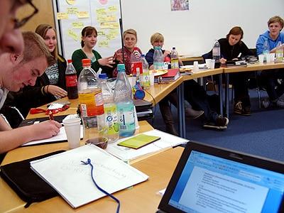 Mehr Mitspracherecht für Mädchen und Jungen bei der Jugendfeuerwehr. Foto: Jugendforum Brandenburg