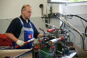 Produktion im AWG-Werk in Giengen. Foto: Hegemann