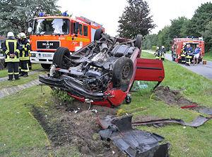 Tödlicher Unfall in Bokel: drei Menschen kamen ums Leben. Foto: Holger Bauer