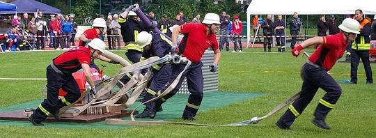 Volle Action beim Feuerwehr-Sport! Foto: Manuel Wittenburg