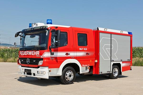 Eines der beiden Testfahrzeug ist dieser Mercedes Atego 822. Foto: Rosenbauer