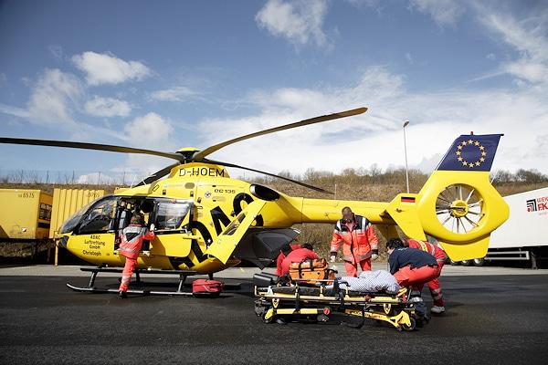 Symbolfoto: Rettungshubschrauber des ADAC im Einsatz. Foto: ADAC