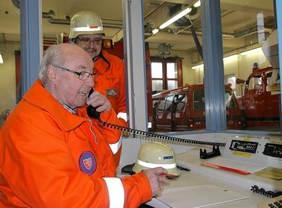 Senioren als Unterstützer der aktiven Feuerwehr  - eine wertvolle Hilfe. Foto: Heino Schütte