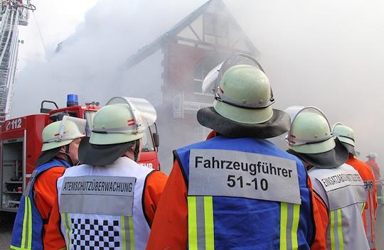 Kennzeichnungswesten für die Feuerwehr. Timo Jann
