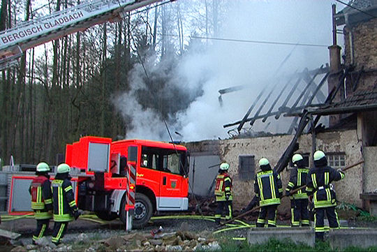 Brand in Bergisch Gladbach. Foto: Nonstopnews