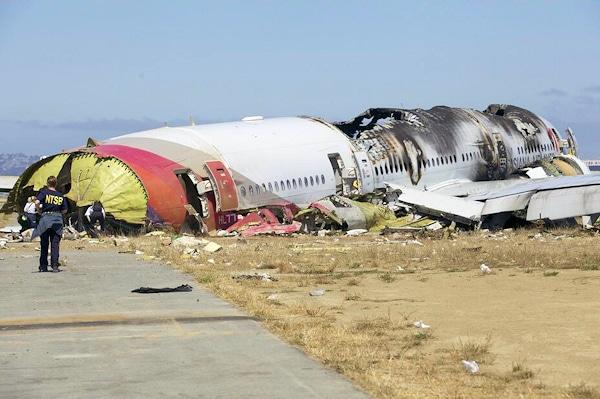 Verunglückte Boeing 777 auf dem Flughafen San Francisco. Foto: NTSB