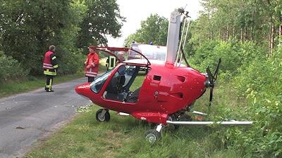 Ultraleichthubschrauber muss in Lohne notlanden. Foto: Lindwehr
