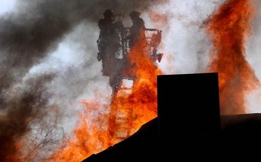 In Geesthacht sollen aktive Feuerwehrleute für jeden Einsatz künftig vier Euro erhalten. Symbolfoto: Timo Jann