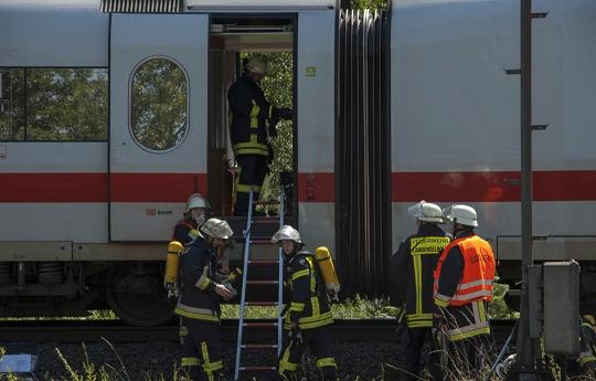 Brand in ICE nahe Langenselbold. Foto: Feuerwehr Langenselbold