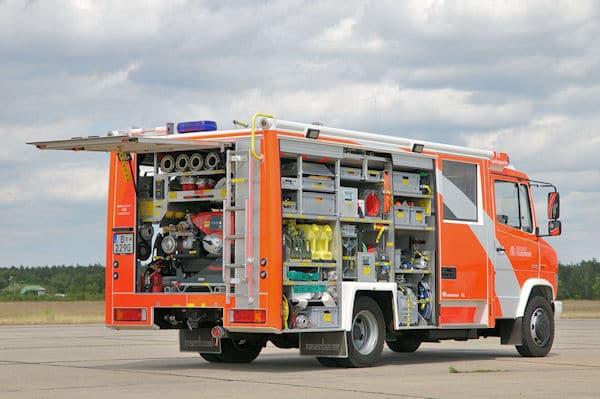 Für die Berliner Feuerwehr baute Rosenbauer 2011 im Werk Neidling zwei LHF 10/5 auf Vario 818/37 D. Sie werden von den freiwilligen Einheiten Rauchfangswerder und Wilhelmshagen eingesetzt. Foto: Rüffer