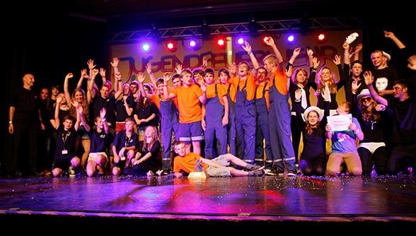 Die drei Siegergruppen des Kreativwettbewerbs. Foto: Deutsche Jugendfeuerwehr
