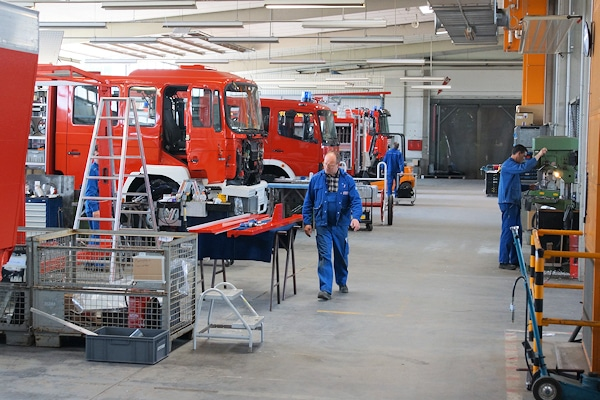 Fahrzeugproduktion bei Thoma. Foto: Jan-Erik Hegemann