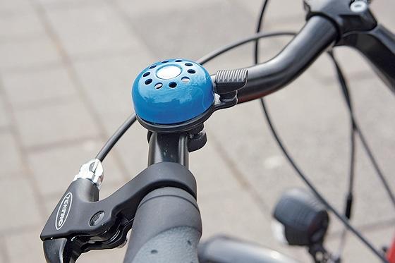 """""""Sondersignalanlage"""": Klingel in Blau mit sehr guter akustischer Warnwirkung."""