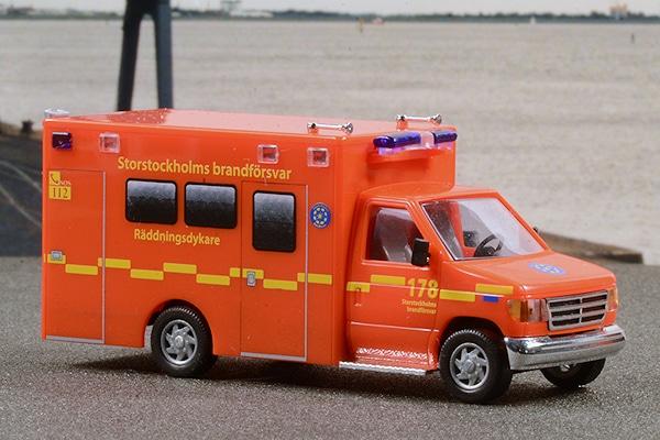 Modell 1:87 der Feuerwehr Stockholm: Busch realisierte diesen GW-Taucher. Foto: Preuschoff