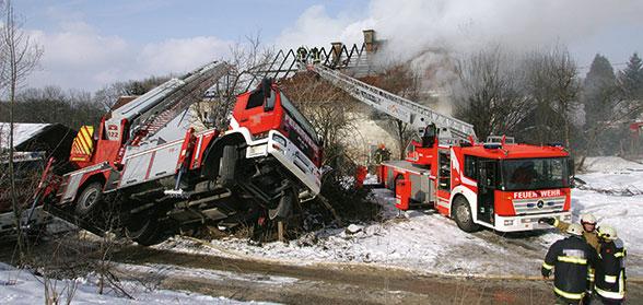 Drehleiter Unfall. Foto: Kollinger