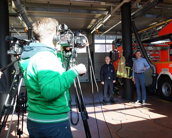Aufwändige Dreharbeiten für den Ratgeber von Gore und dem Feuerwehr-Magazin in Hamburg. Foto: Hegemann