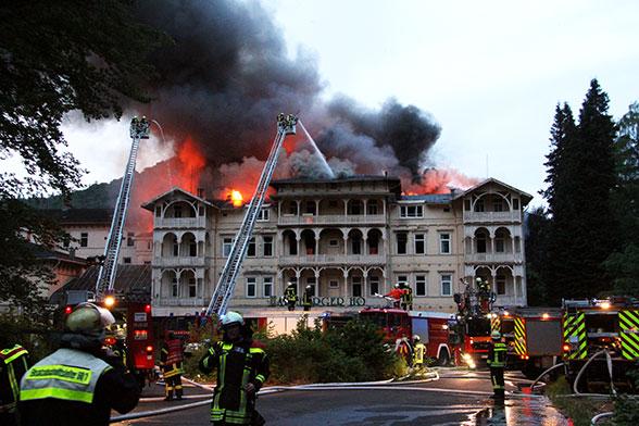 Harzburger Hof in Flammen. Foto: Feuerwehr Bad Harzburg