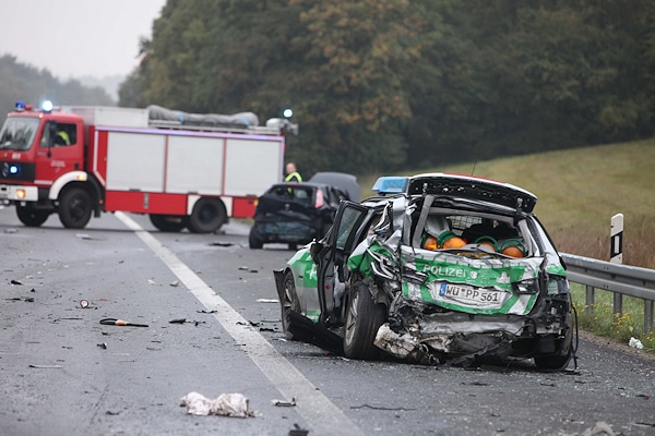 Unfall bei der Absicherung einer Gefahrenstelle auf der Autobahn 3. Foto: News5
