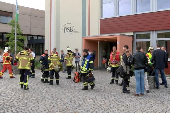 Verpuffung im Chemieunterricht : Unfall an Realschule Burgkunstadt. Foto: News5