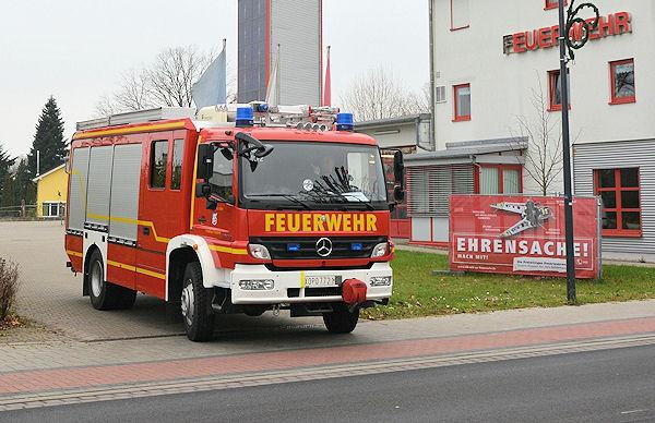 Schon mit einem italienischen Kennzeichen ausgestattet macht sich das HLF 20 der FF Kahl am Main am 2. Dezember 2014 auf den Weg zum Hersteller BAI nach Brecia. Foto: FF Kahl am Main
