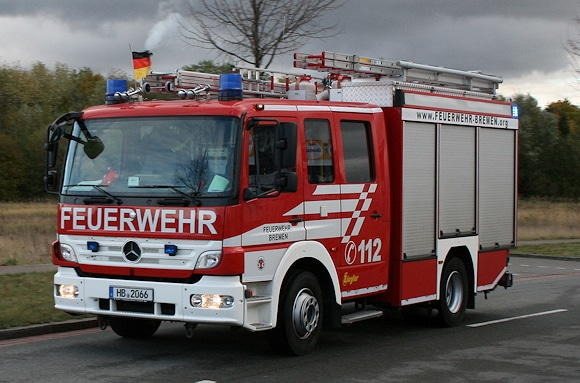 HLF der Berufsfeuerwehr Bremen (Wache 5). Symbolfoto: Christian Patzelt