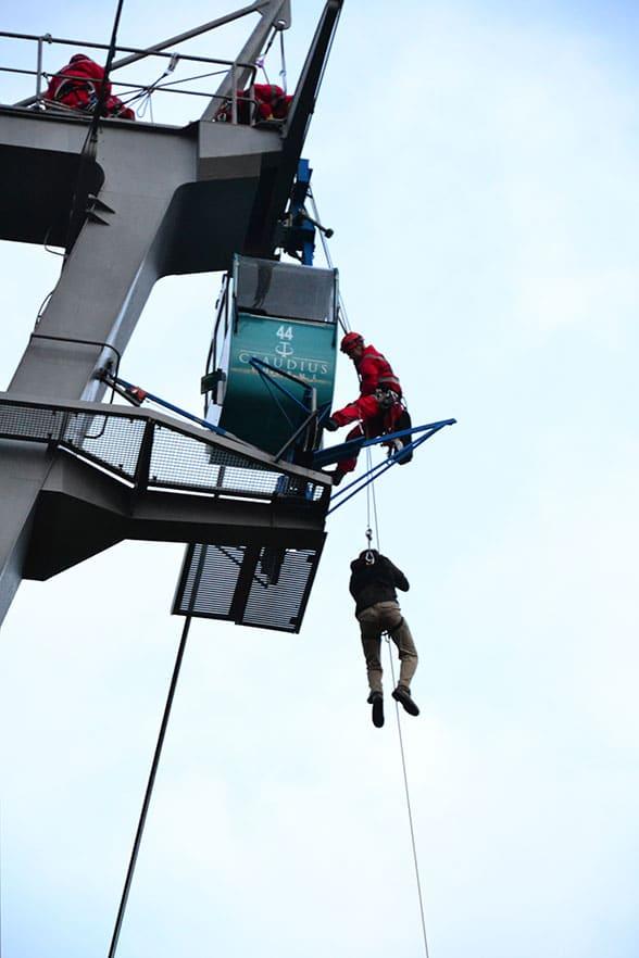 Rettung aus der Kölner Seilbahn. Foto: Meyer