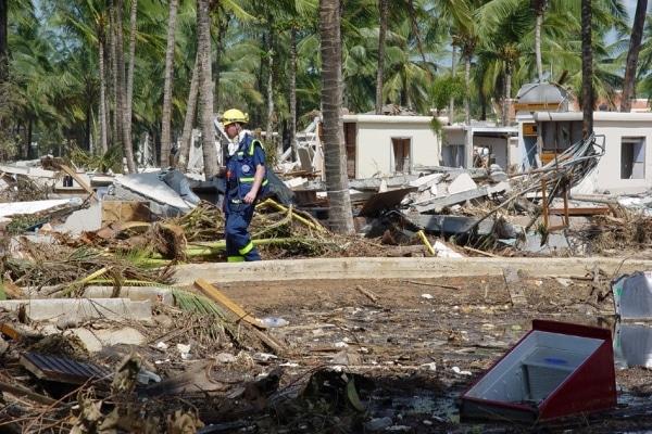 Das THW half umgehend nach der verheerenden Naturkatstrophe in Südostaien und blieb noch mehrere Jahre, um den Wiederaufbau zu unterstützen. Fotos: THW
